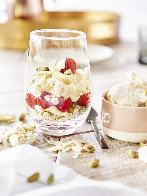 See Need Want Easiest Eaton Mess Christmas Dessert Christine Manfield Byron Bay Cookies 2