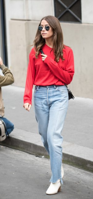 Paris Fashion Week Street Style Trends Round Sunglasses