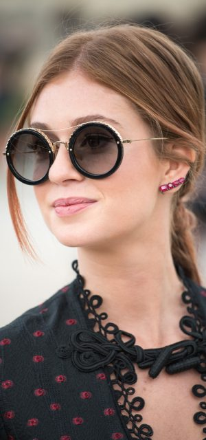Paris Fashion Week Street Style Trends Round Sunglasses 4