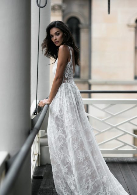 See Need Want Bridal Moira Hughes Wedding Gown 17