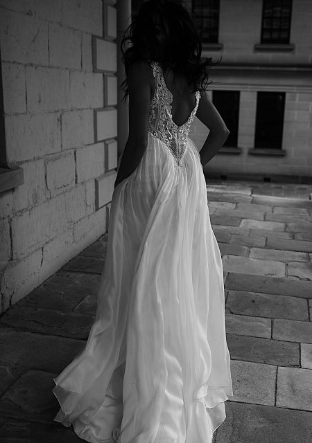 See Need Want Bridal Moira Hughes Wedding Gown 19