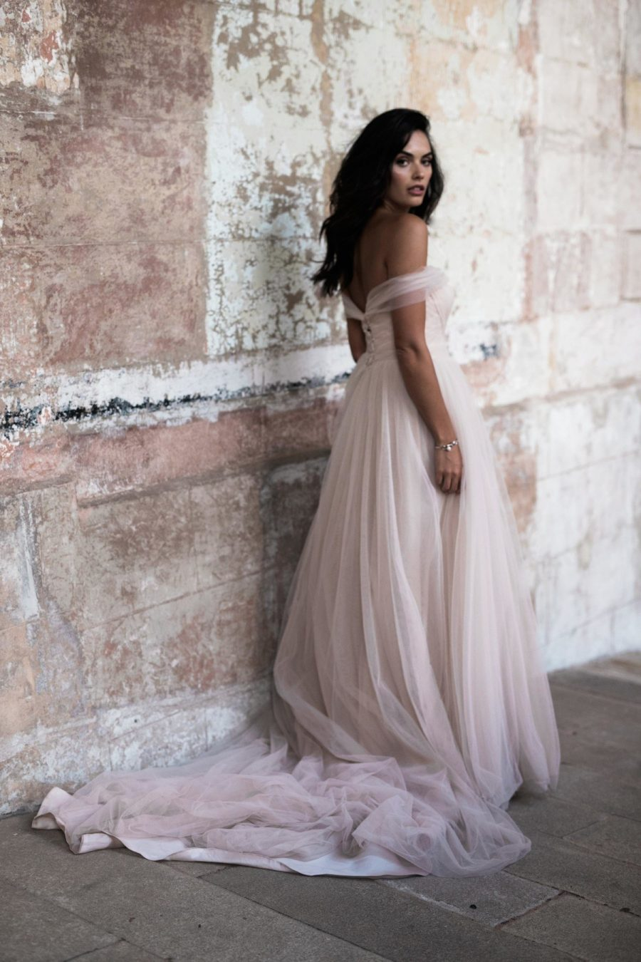 See Need Want Bridal Moira Hughes Wedding Gown 3