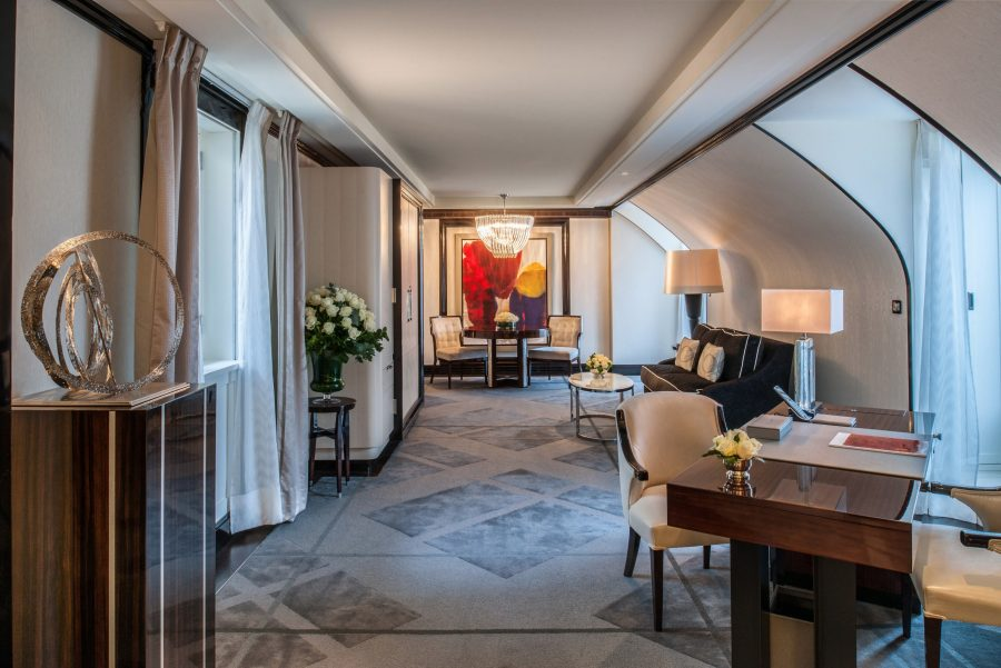 See Need Want Travel The Peninsula Paris Hote Garden Suite 3