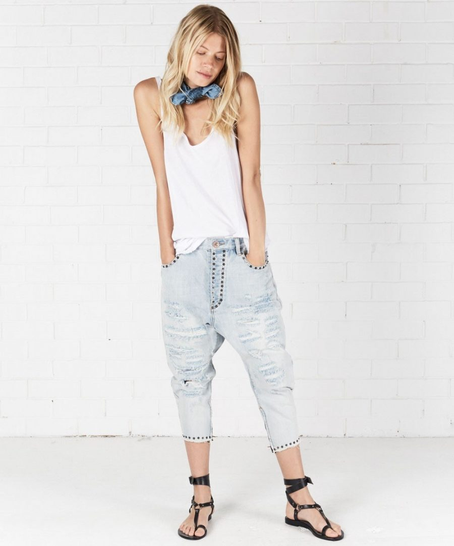 See Need Want Trend Alert Drop Crotch Pants One Teaspoon Denim Jeans
