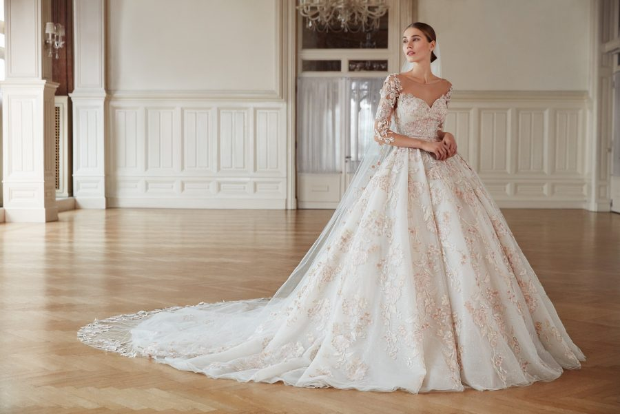 Can You Find A Wedding Dress For Under $1000?   See. Need. Want.