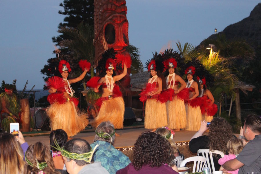 What To Do In Hawaii Travel Story Family Holiday Chiefs Luau